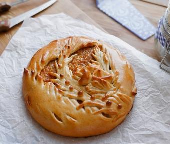 Постный пирог с апельсином и курагой
